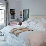 2层小洋房女生卧室设计