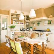 房屋厨房温馨装饰