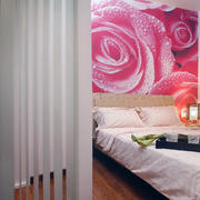 别墅印花床头背景墙