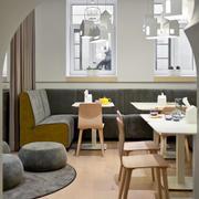 简约风格儿童餐厅桌椅设计