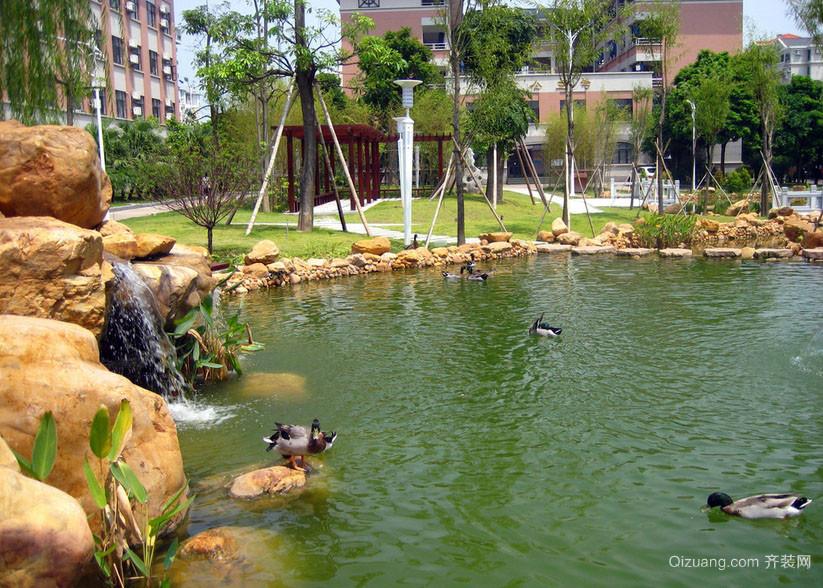 小区里的休闲人民公园设计效果图