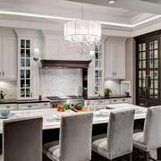 优雅的厨房吊顶展示