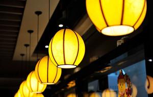 韩式温馨小型寿司店铺装修效果图
