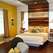 现代风格卧室深色地板装饰