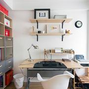 简约书桌版面设计