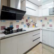 现代小厨房装潢欣赏