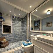 简约风格小型卫浴吊顶设计