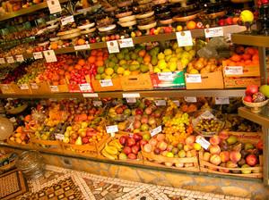 小型简约风格新鲜水果店装修效果图