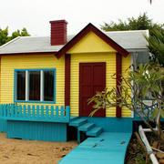 温馨色调木屋设计图片