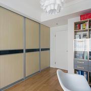 经济实用型小复式楼客厅地板