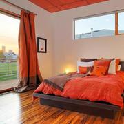美式卧室原木浅色地板效果图