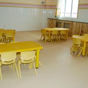 简约风格儿童餐厅桌椅装饰