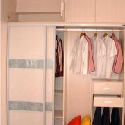 精致型衣柜装修图片