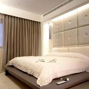 欧式简约软包床头背景墙