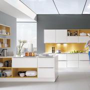 现代厨房装修实例