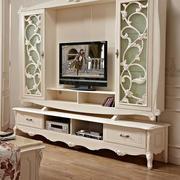 花纹雕刻精致的电视柜