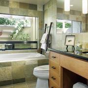 卫生间简约风格浴缸效果图