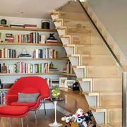 楼梯一角的书架欣赏