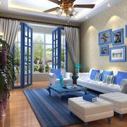 浅色系家居客厅背景墙装饰