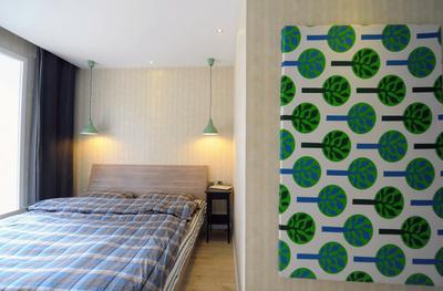 130平米复式简约三室一厅装修图例