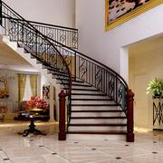 跃层简约风格室内楼梯装修效果图