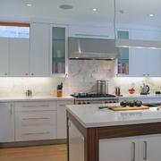 厨房整体色调搭配
