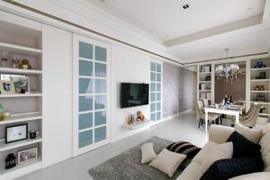 三室一厅浅白色柔和家居