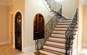 时尚别墅楼梯铁艺扶手装修设计效果图