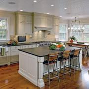 精致的厨房整体图