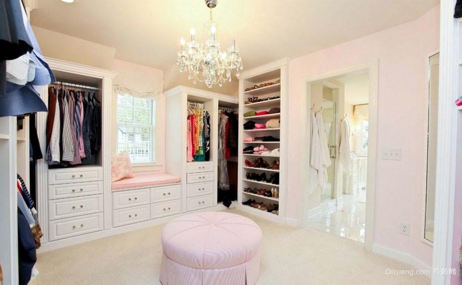 粉色小型衣帽间鞋柜装修效果图