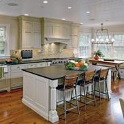 现代欧式大户型厨房装修设计效果图