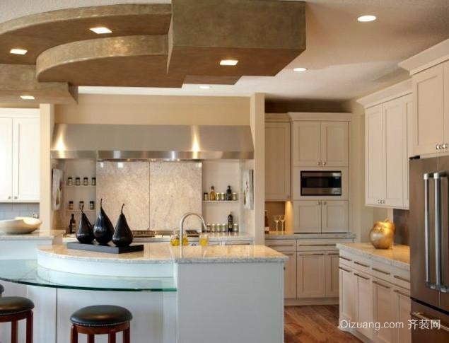 90平米菲林格尔木客厅地板装修效果图