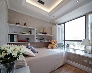 精巧单身公寓小卧室飘窗装修设计效果图