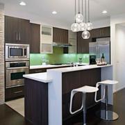 现代大户型欧洲开放式厨房装修效果图