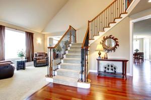 精致温馨别墅楼梯装修设计效果图