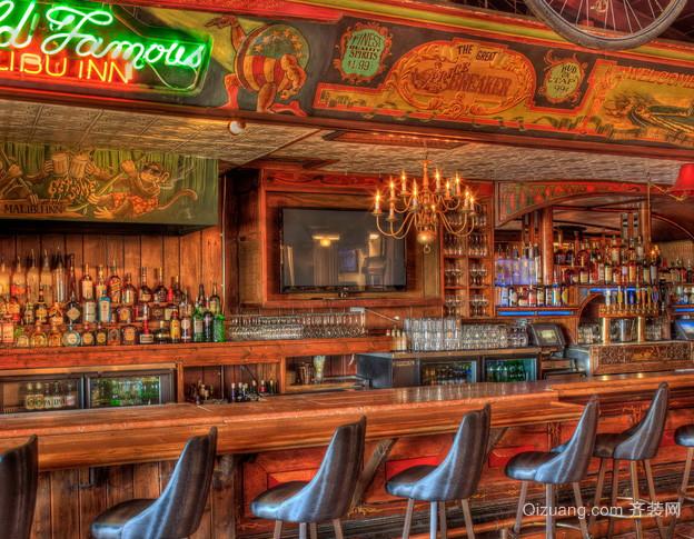 美式乡村酒吧原木深色吧台装饰效果图