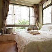 100平米房屋卧室飘窗装饰