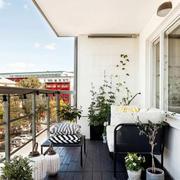 小区简约风格高层阳台装修效果图