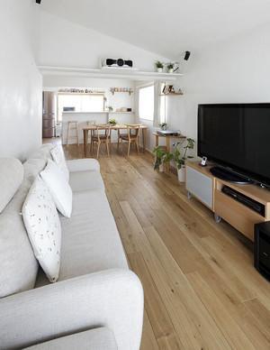 90平米日式简约风格阁楼客厅装修效果图