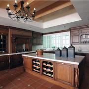 现代精致大户型欧式厨房装修效果图