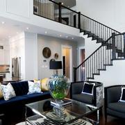 现代简约风格经典黑白色复式楼客厅装修