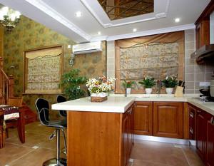 别墅美式乡村风格客厅吧台装修效果图