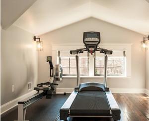 现代简约阁楼家居健身房装修效果图大全