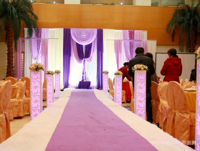 紫色系简约风格婚礼现场总线效果图