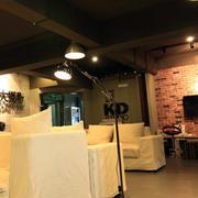 90平米loft风格公寓暖色系客厅装修效果图
