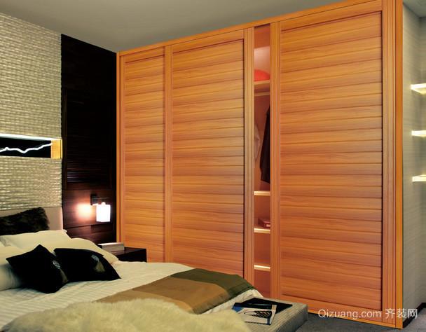 后现代风格卧室原木浅色实木衣柜装修效果图