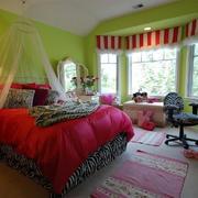 巴洛克风情卧室飘窗装饰
