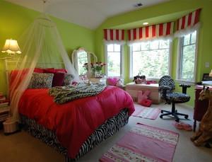 别墅巴洛克风格深色系卧室装修效果图
