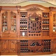 自然风格酒柜装修设计