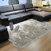 两室一厅后现代风格客厅羊毛地毯装饰